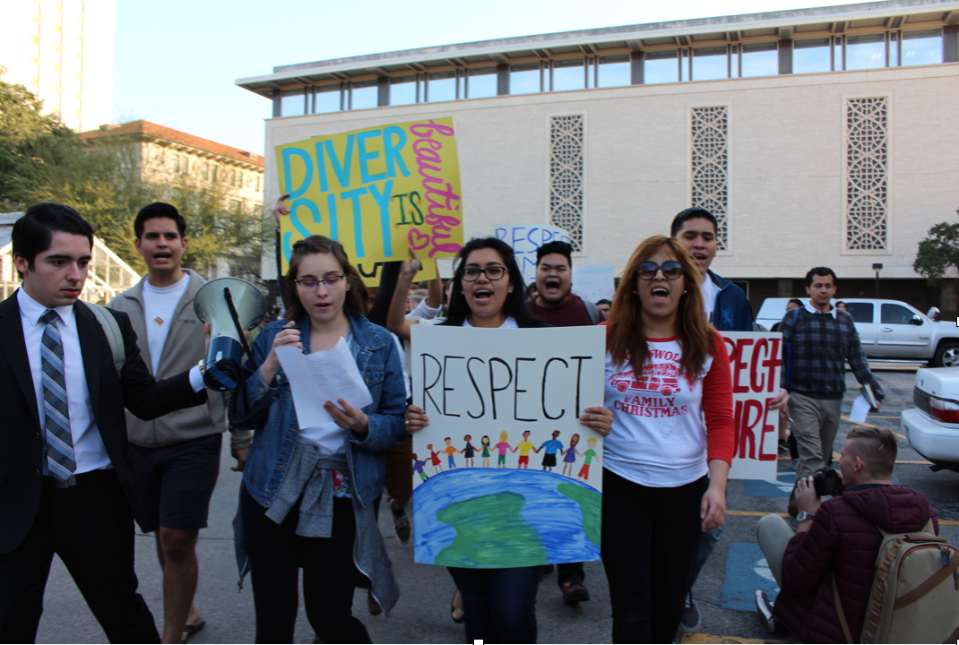 Latino Rebels   Hundreds of UT Students Protest in United ...