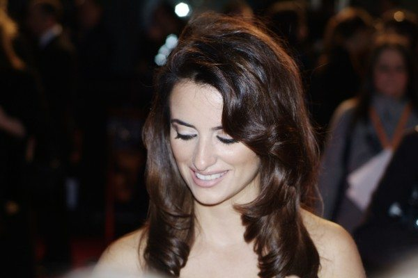 Spanish actress Penélope Cruz at the BAFTAs in 2007 (S Pakhrin/Flickr)