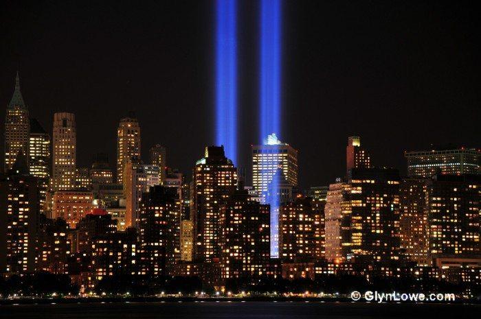 World Trade Center 9-11 Tribute in Lights 2012 (www.GlynLowe.com/Flickr)