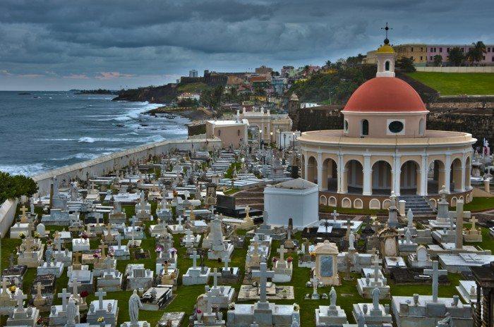 Cementario Santa María Magdalena de Pazzis in Old San Juan, Puerto Rico (vxla/Flickr)