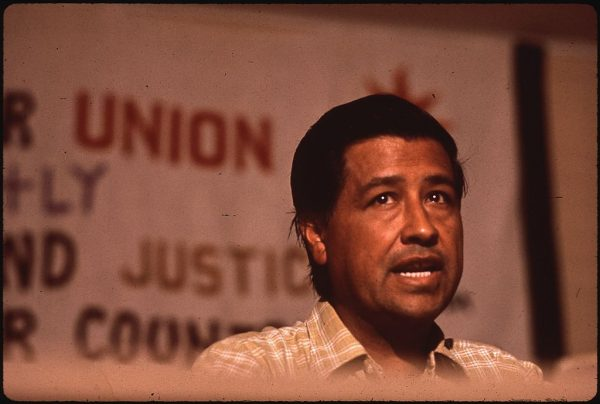1024px-CAESAR_CHAVEZ,_MIGRANT_WORKERS_UNION_LEADER_-_NARA_-_544069